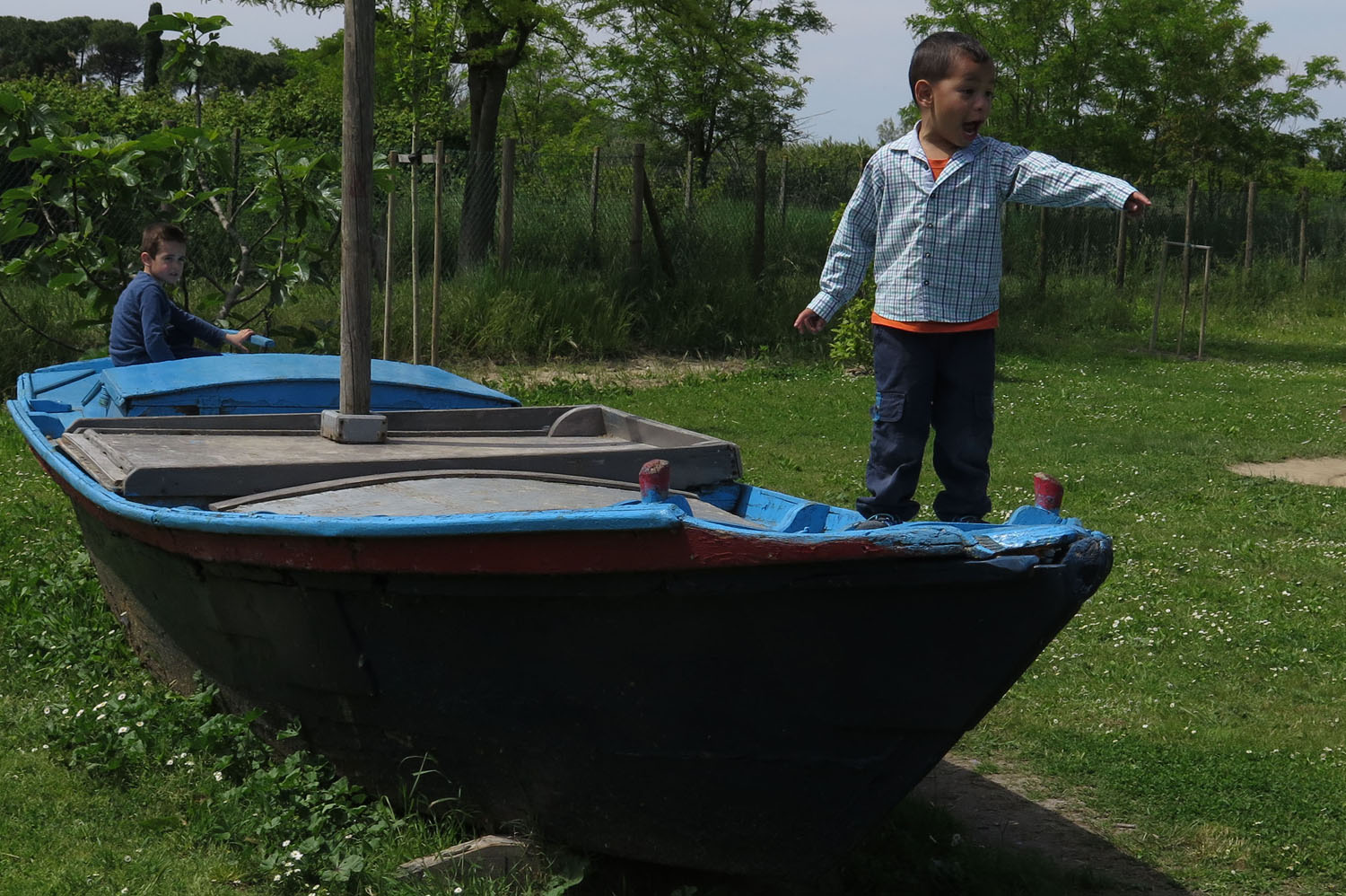 Italy-Venice-Islands-Torcello-Kids-Playing