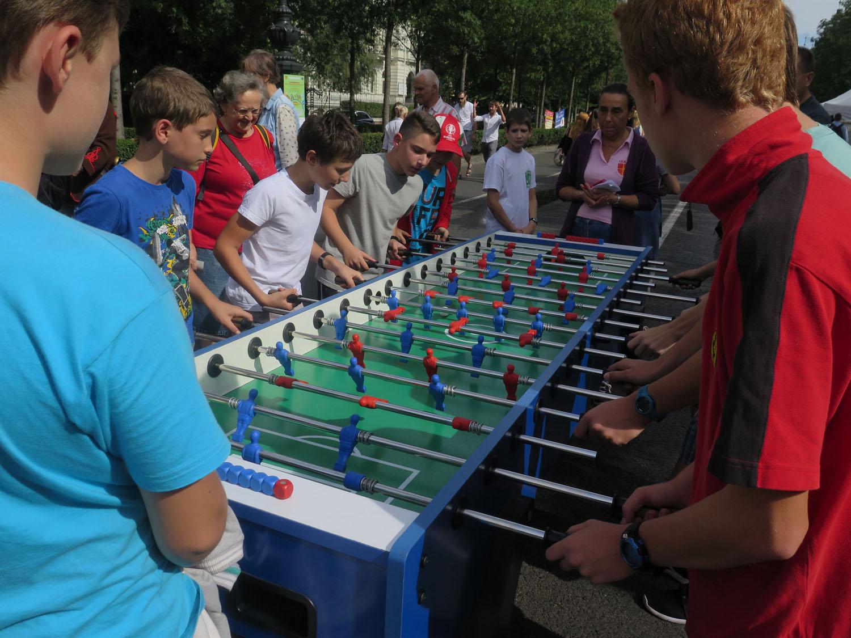 hungary-budapest-street-scenes-fussball