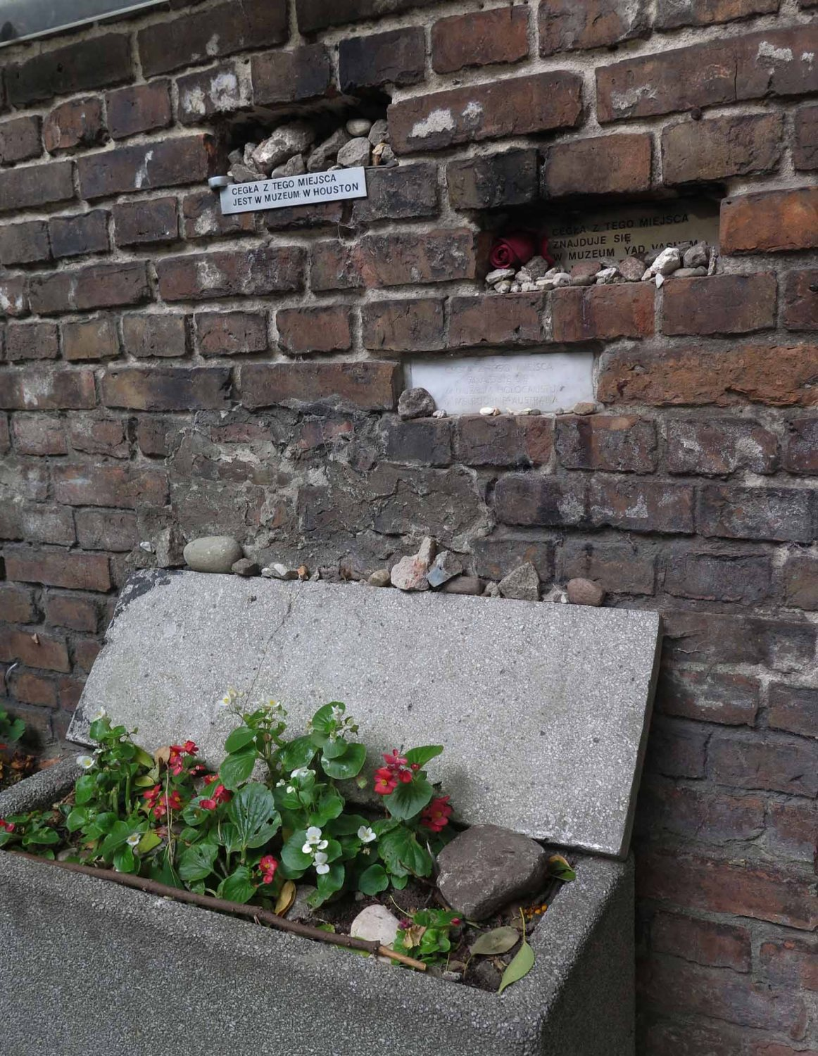 Poland-Warsaw-Ghetto-Wall-Remnant