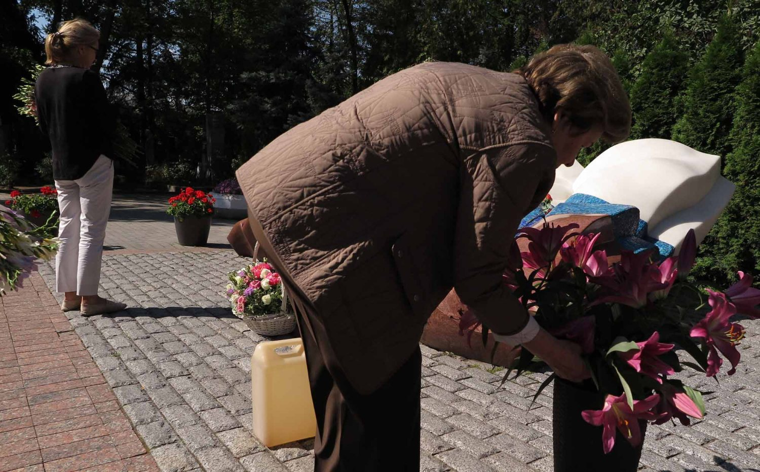 Russia-Moscow-Novodevichy-Cemetery-Mrs-Yeltsin
