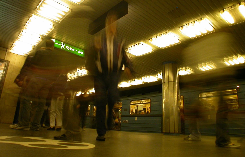 Hungary-Budapest-Metro-People