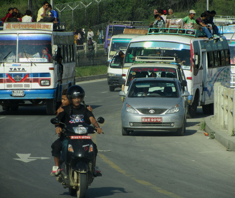 Nepal-Kathmandu-Bus
