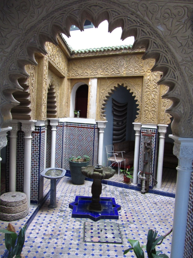 Morocco-Tangier-Hotel-Continental-Fountain