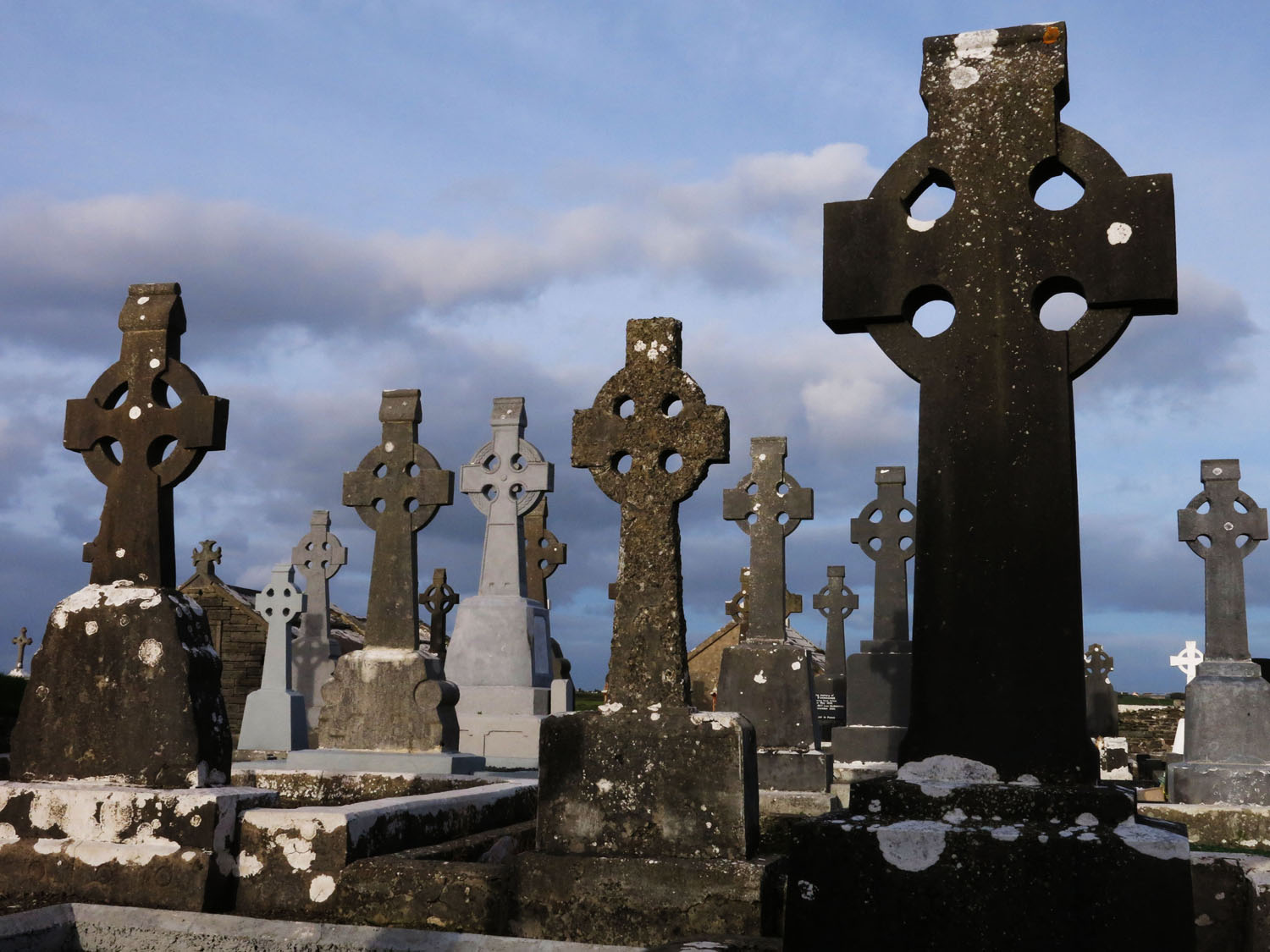 Ireland-Sights-And-Scenery-Quilty-Cemetery