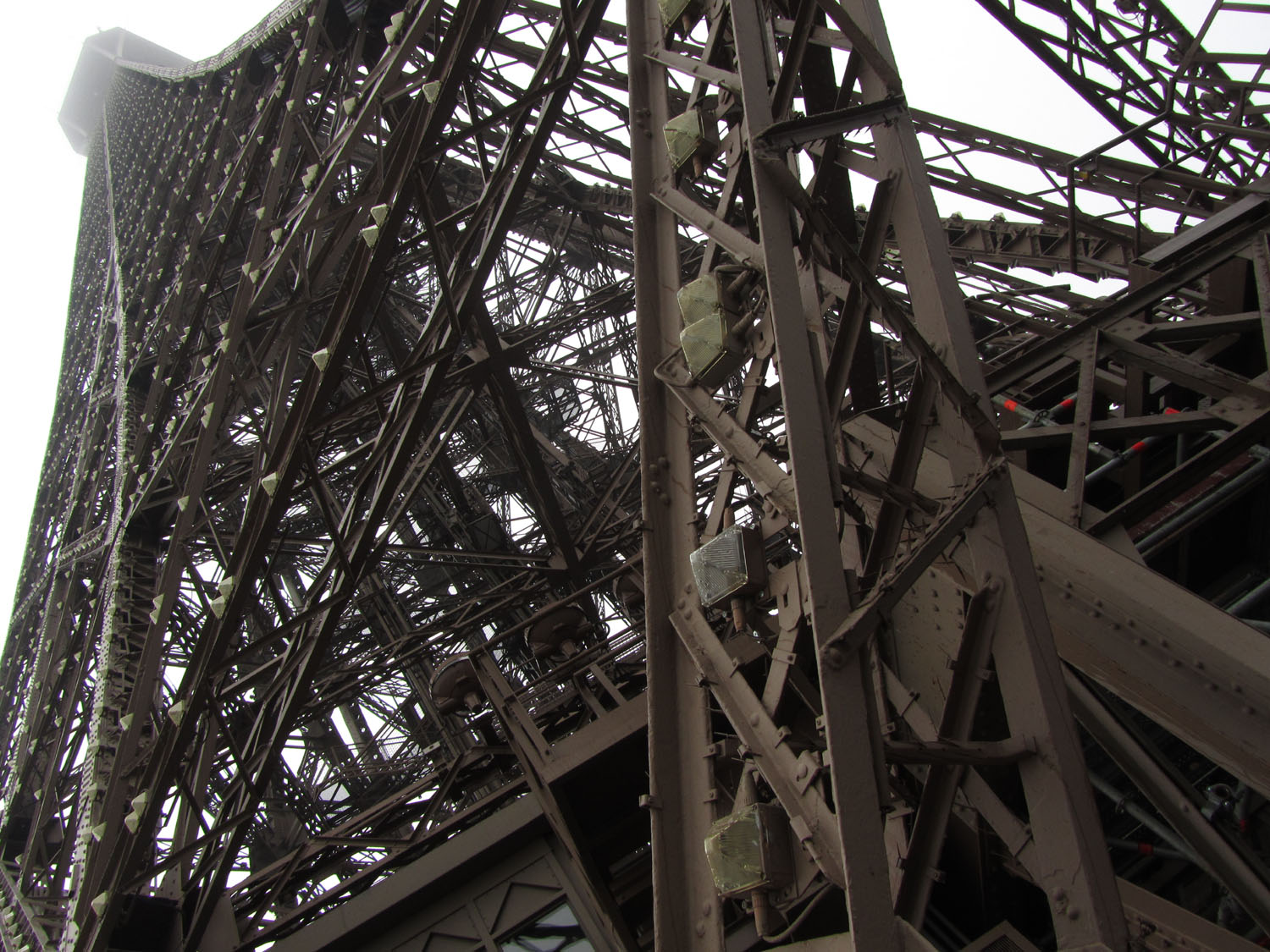 France-Paris-Eiffel-Tower-Beams