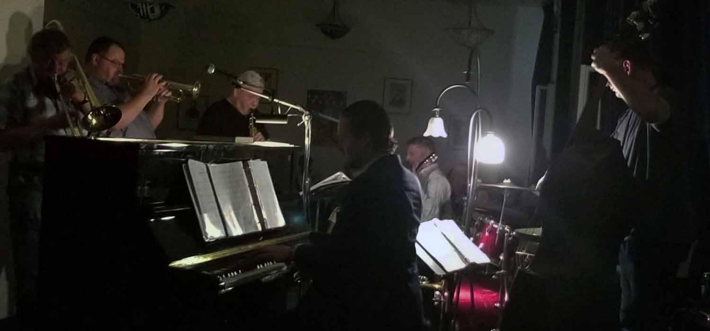 Hungary-Budapest-Music-Dixie-Kings-Jazz-Band