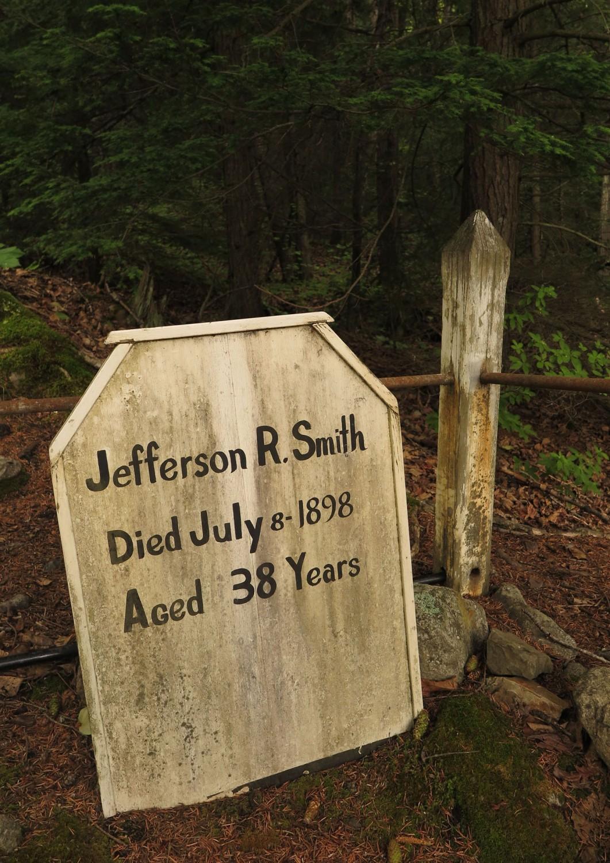 Alaska-Skagway-Cemetery-Soapy-Smith