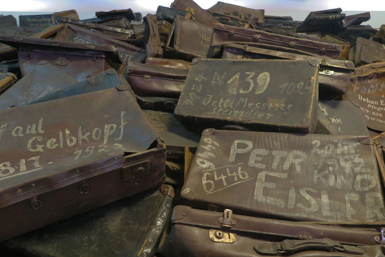 Poland-Auschwitz-Plunder-Luggage