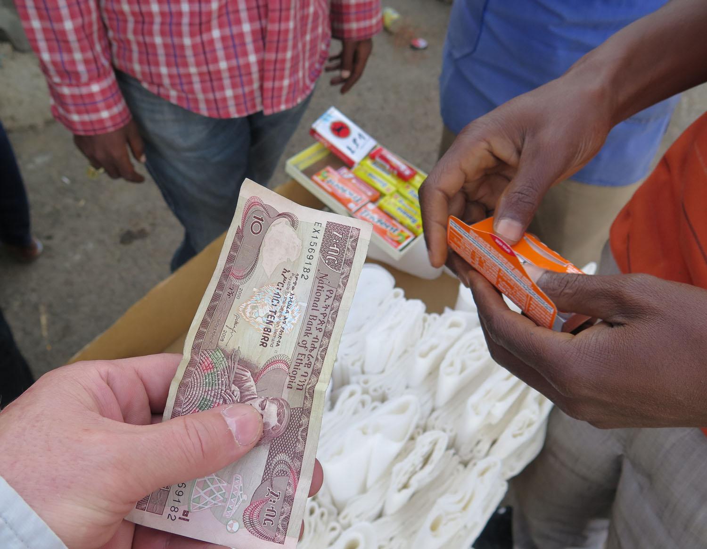 Ethiopia-Addis-Ababa-Street-Scenes-Gum