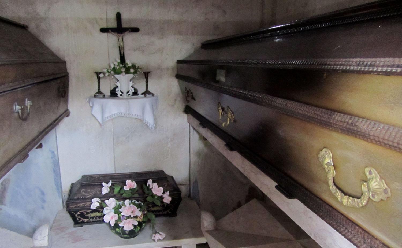 Portugal-Evora-Cemetery