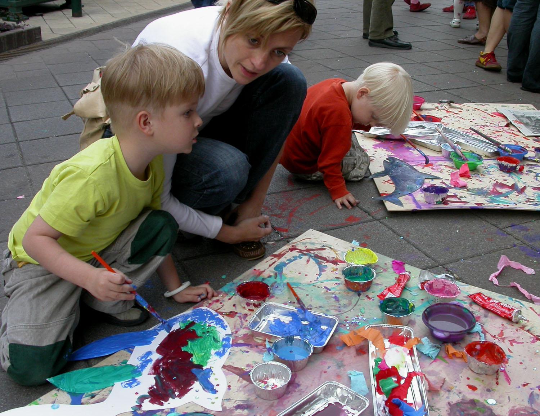 Hungary-Budapest-Street-Scenes-Kids