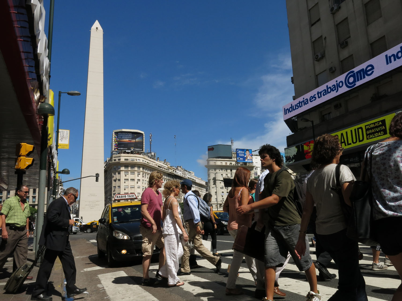 Argentina-Buenos-Aires-Street-Scenes-Obelisk