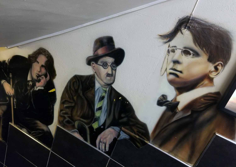 Ireland-Dublin-Fibber-Magees-Wilde-Joyce-Yeats
