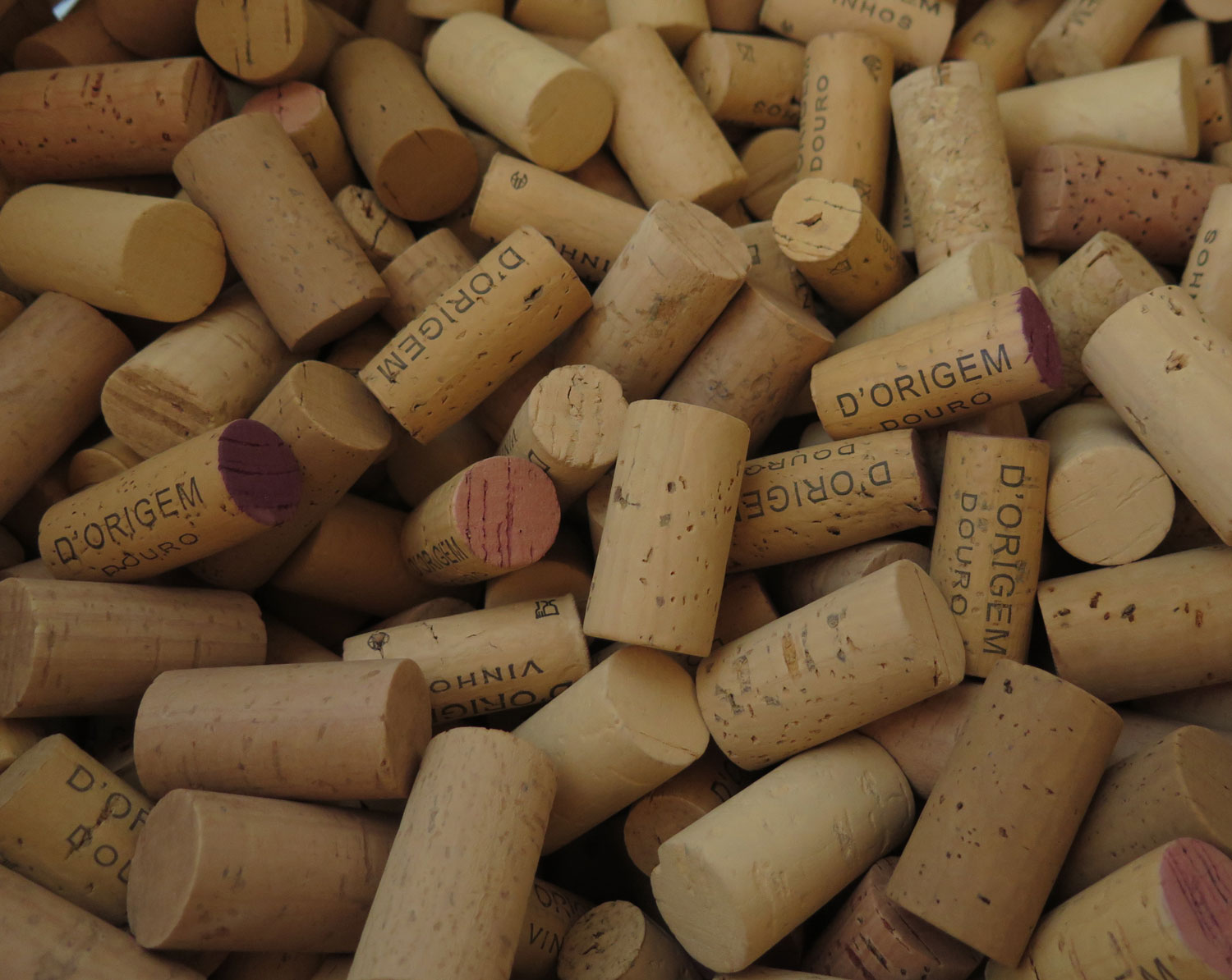 portugal-douro-valley-wine-tour-corks