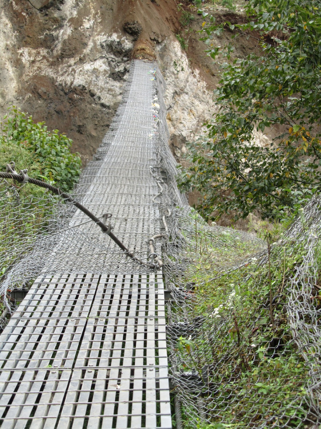 Nepal-Everest-Region-Trek-Day-01-Bridge-Earthquake-Damage