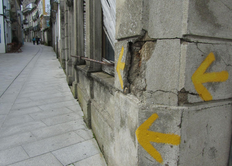 Camino-De-Santiago-Waymarkers-Arrows-Many