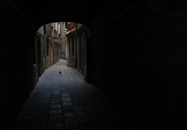 Italy-Venice-Wandering-Around-Passageway
