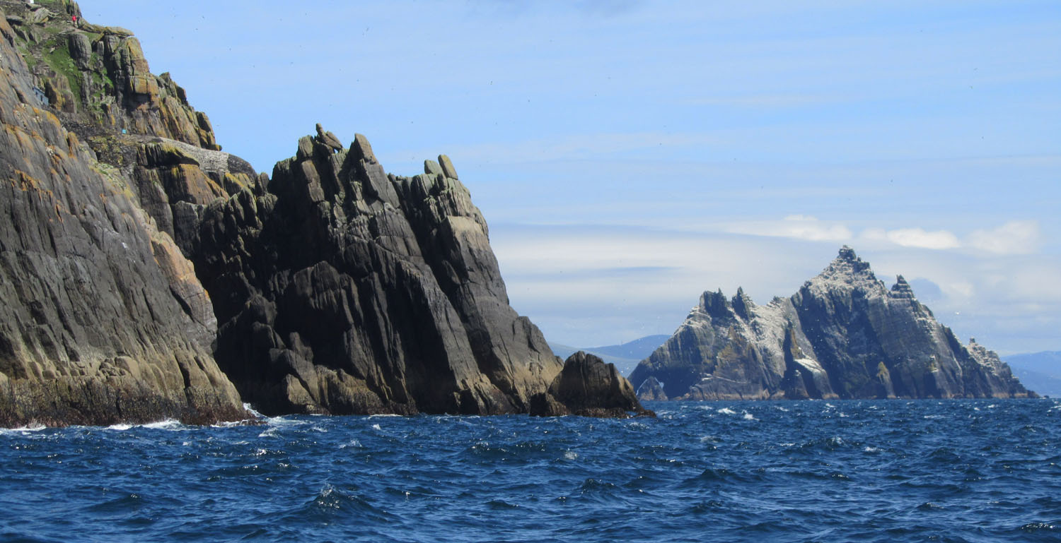 Ireland-Skellig-Islands-Approach