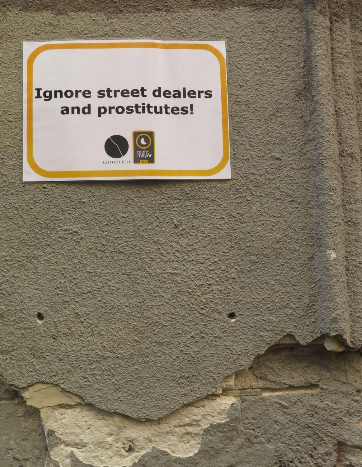Hungary-Budapest-Street-Scenes-Warning