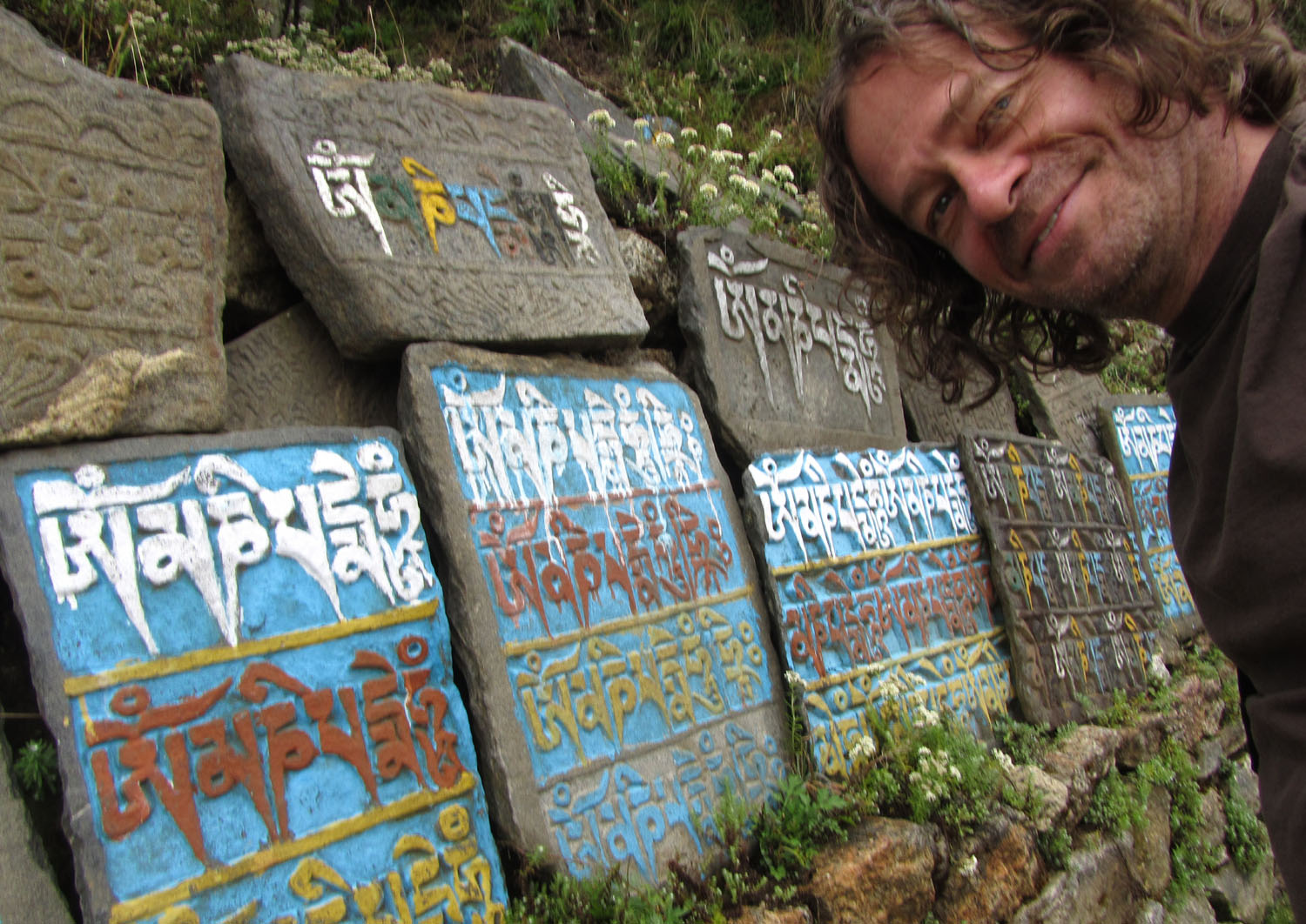 Nepal-Everest-Region-Trek-Day-02-Mani-Stones