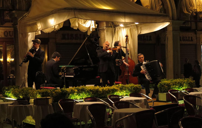 Italy-Venice-Saint-Marks-Square-Night-Orchestra