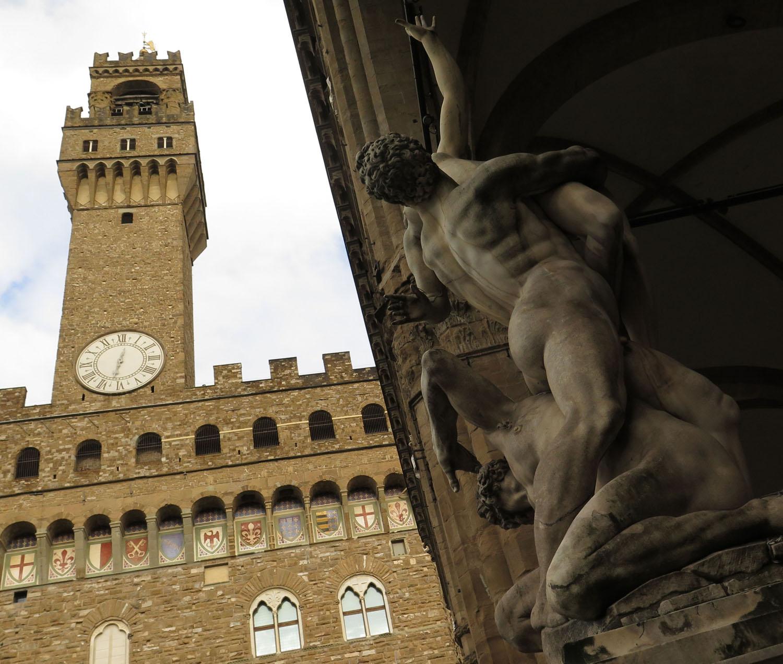 Italy-Florence-Uffizi-Tower-Day