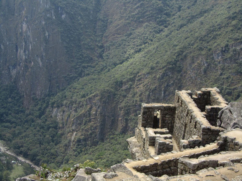 Peru-Machu-Picchu-Looking-Down