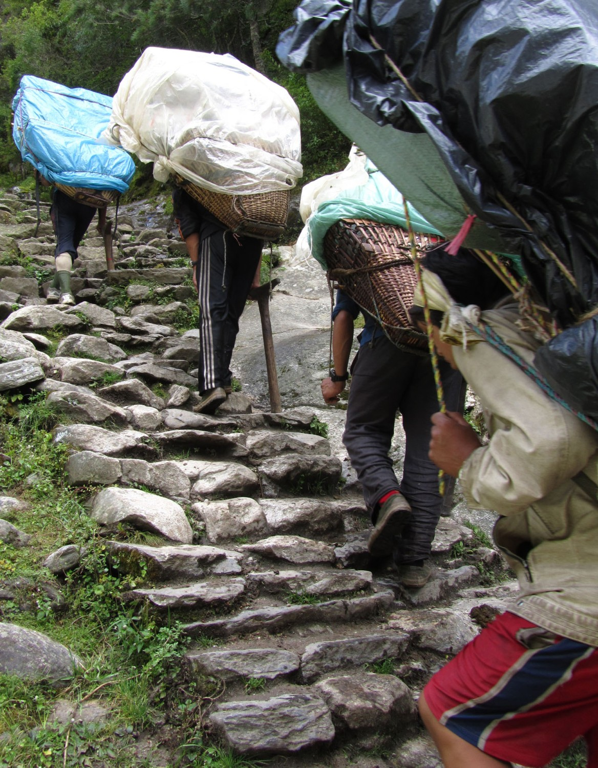Nepal-Everest-Region-Trek-Day-08-Porters