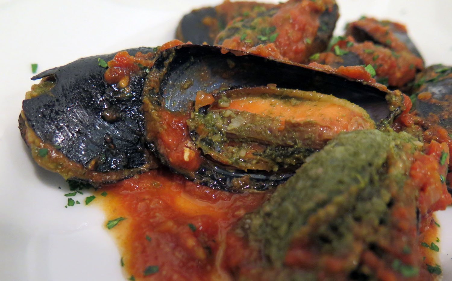 Italy-Cinque-Terre-Food-And-Drink-Mussels