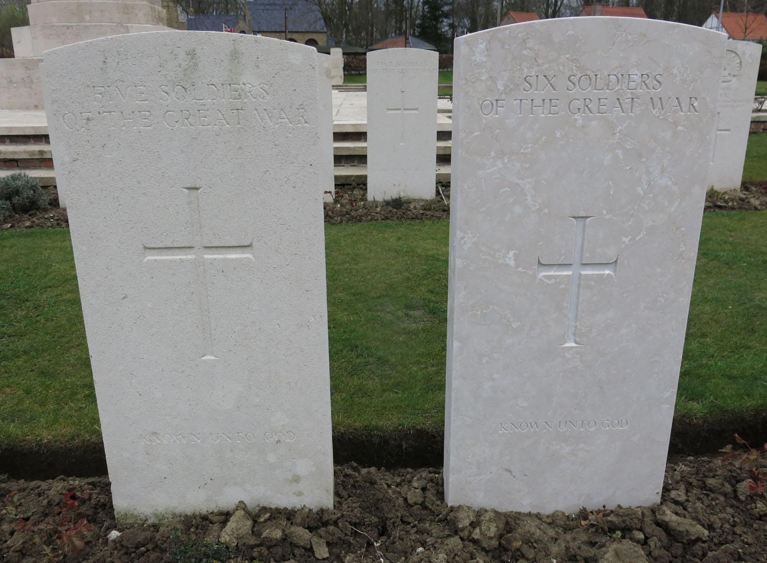 Belgium-Ypres-Commonwealth-Cemetery-Unknown-Soldiers