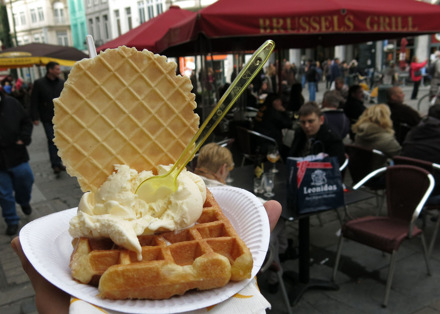 Belgium-Brussels-Food-And-Drink-Waffles