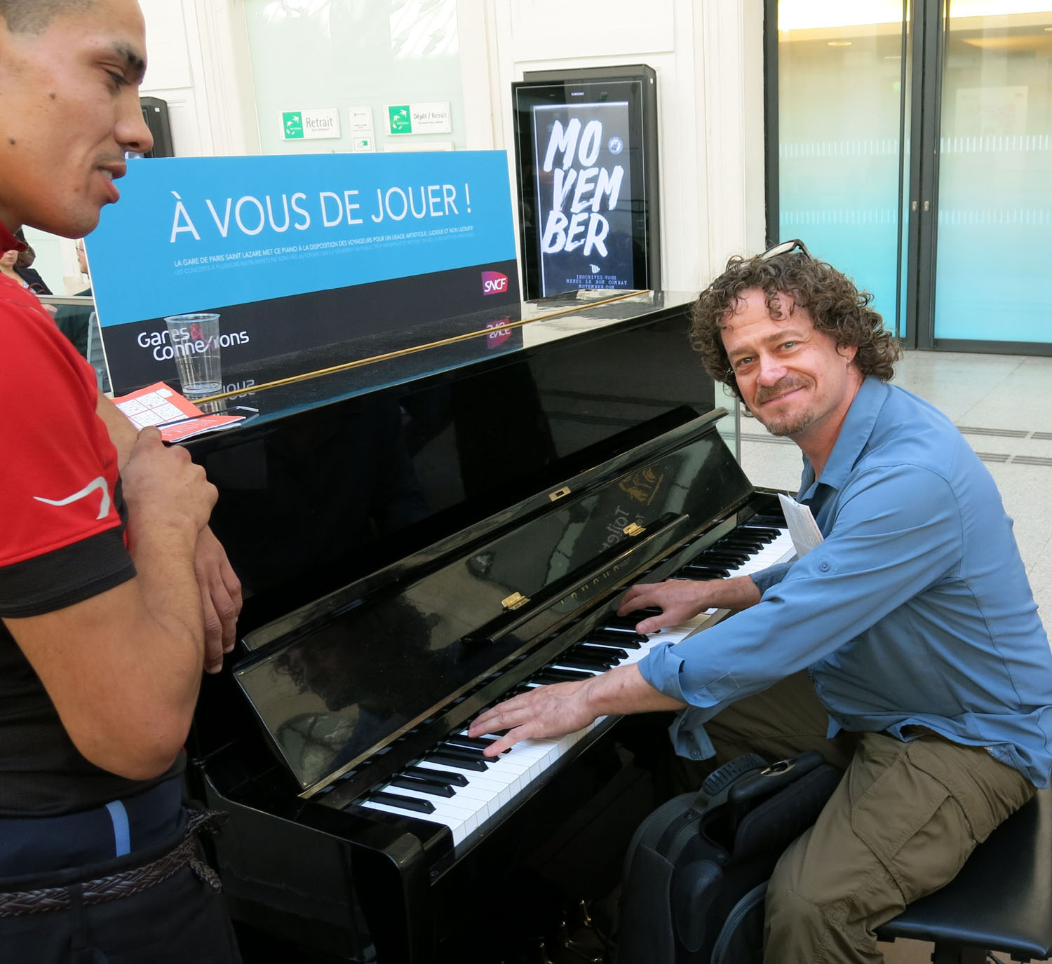 France-Paris-Gare-St-Lazare-Piano