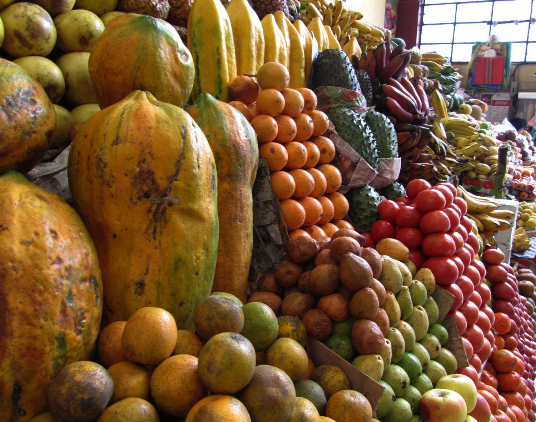 Ecuador-Quito-Mercado-Frutas-Verduras