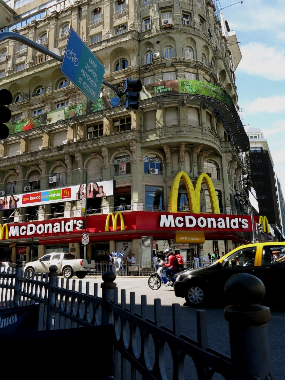 Argentina-Buenos-Aires-Street-Scenes-McDonalds