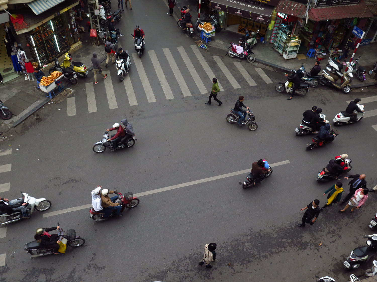 Vietnam-Hanoi-Street-Scenes-Looking-Down