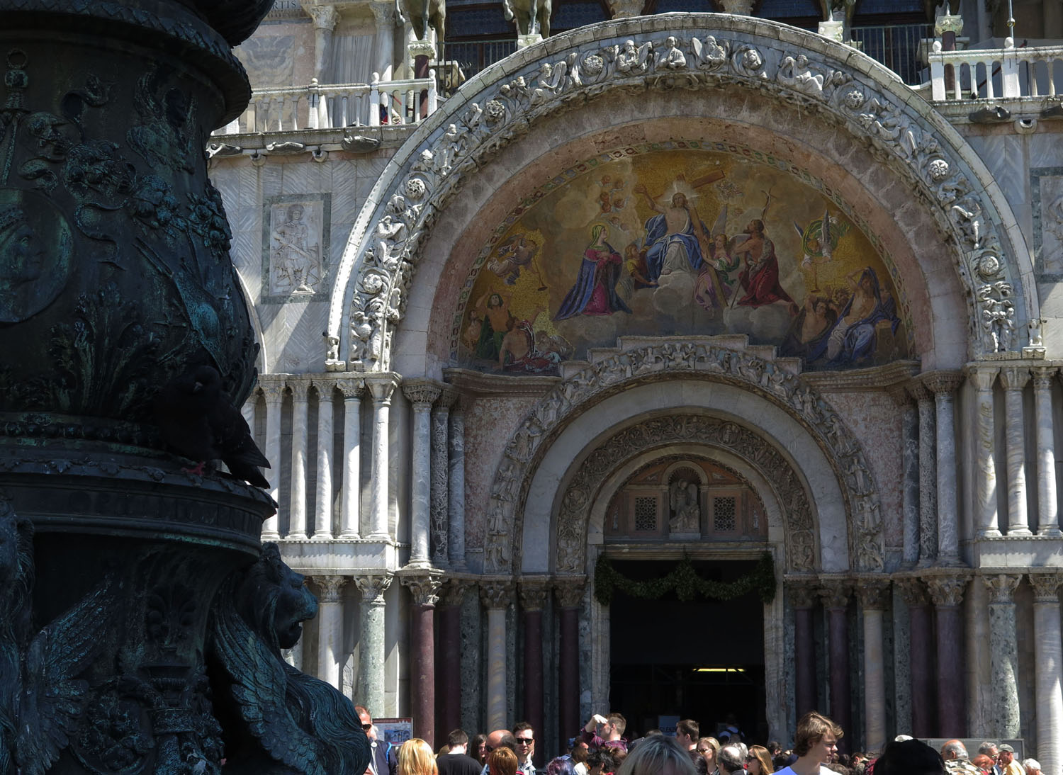 Italy-Venice-Saint-Marks-Square-Cathedral