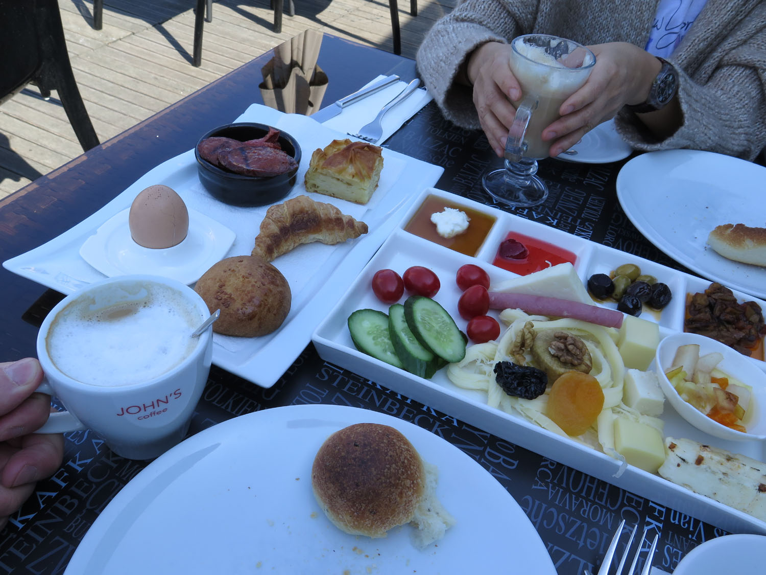 Turkey-Istanbul-Food-And-Drink-Breakfast