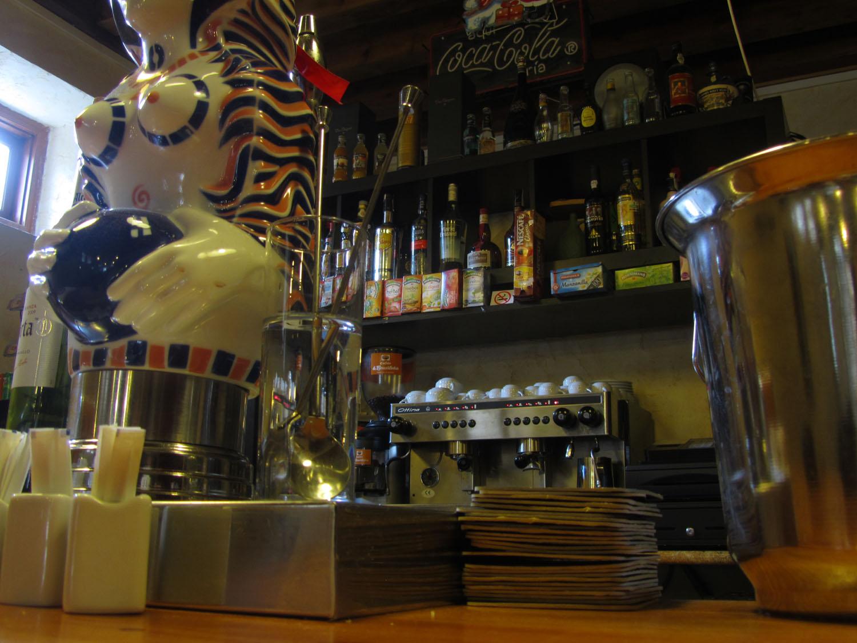 Camino-De-Santiago-Albergues-Bar