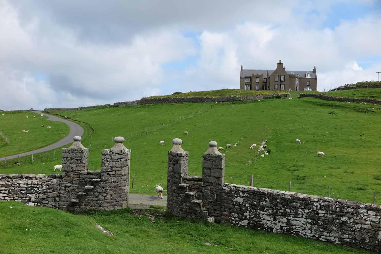 Scotland-Shetland-Lunna-House