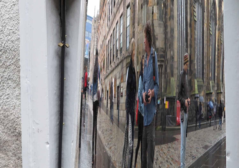 Scotland-Lowlands-Edinburgh-Mirror
