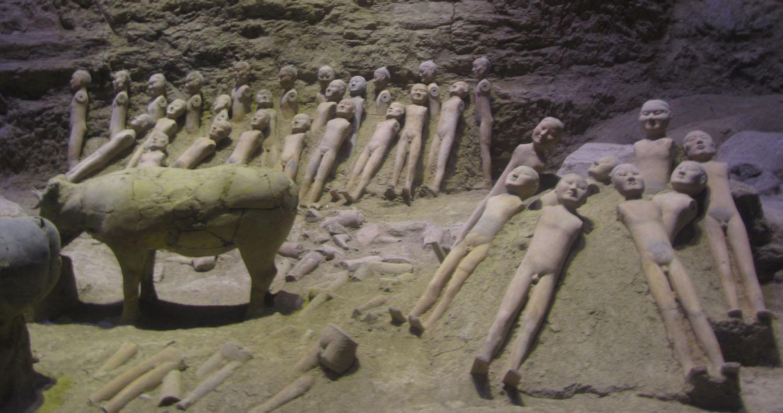 China-Xian-Hanyang-Tombs-Figurines