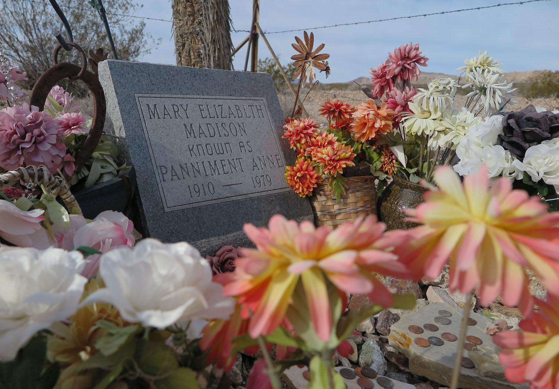 Death-Valley-Rhyolite-Cemetery-Panamint-Annie