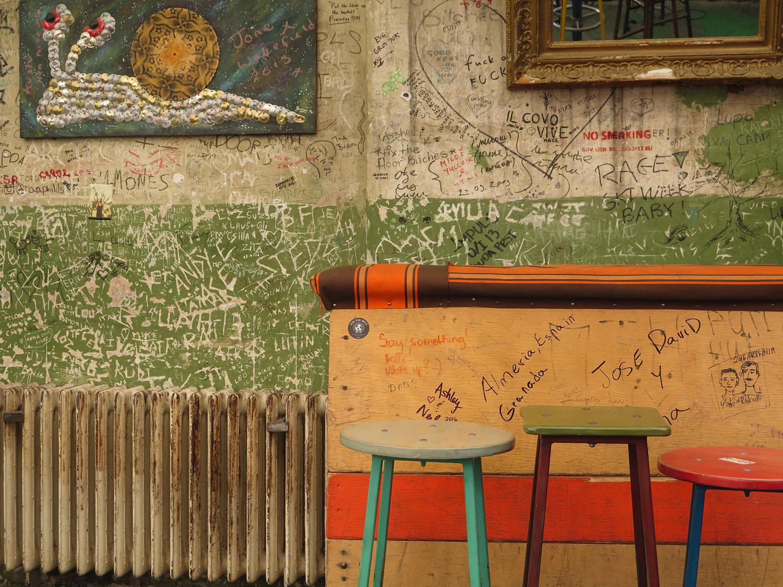 hungary-budapest-ruin-pub-szimpla-kert-day-stools