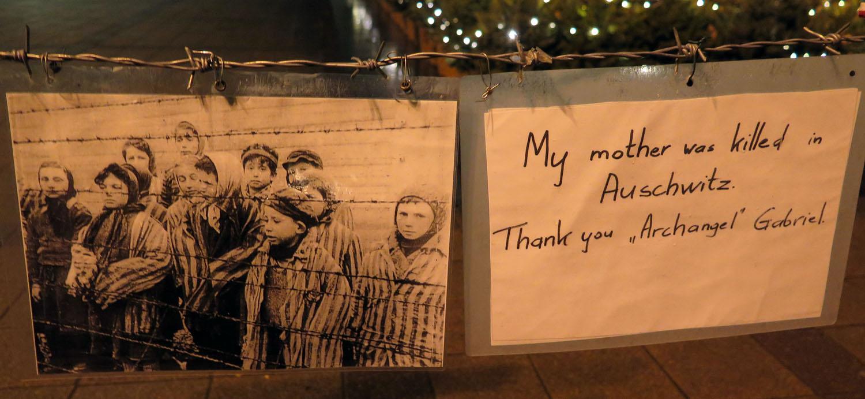 Hungary-Budapest-Living-Memorial