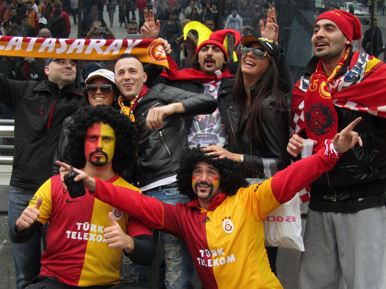 Spain-Madrid-Turkish-Soccer-Fans