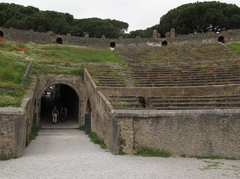 Italy-Pompeii-Coliseum