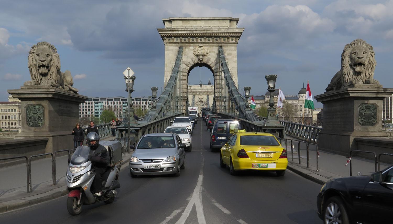 Hungary-Budapest-Street-Scenes-Chain-Bridge