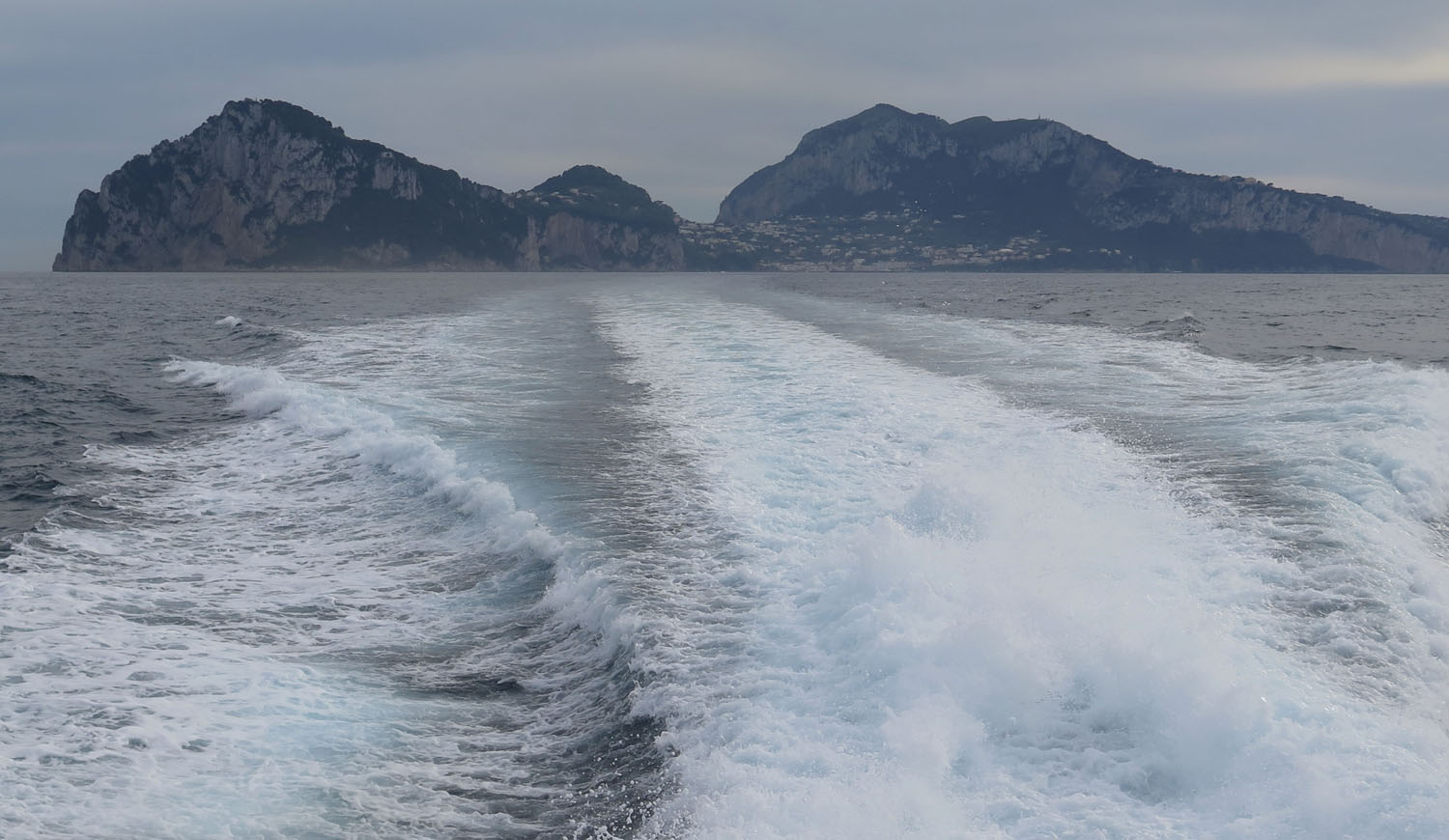 Italy-Capri-Ferry-Goodbye