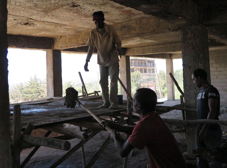 Ethiopia-Harar-Street-Scenes-Construction