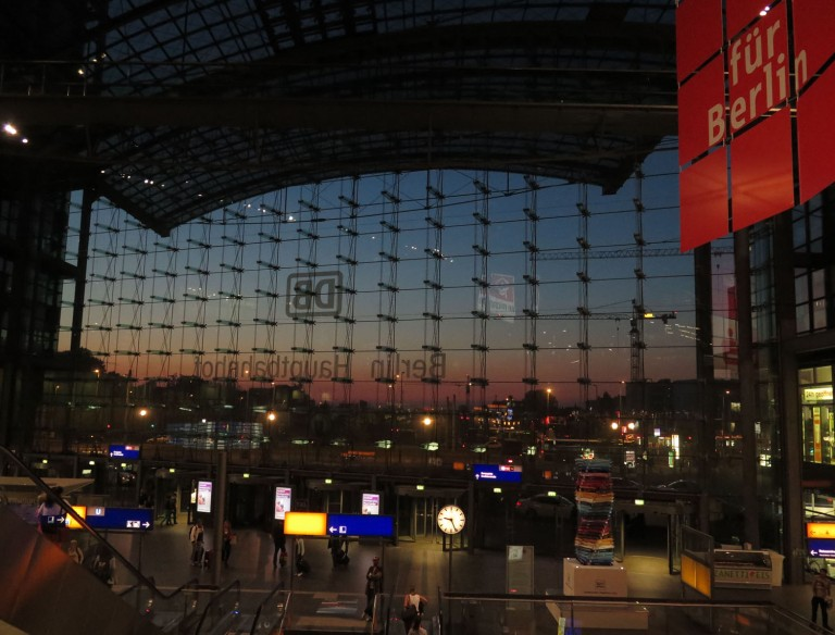 germany-berlin-hauptbahnhof